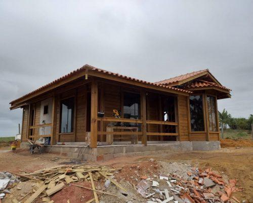 Casa de Madeira - Anchieta-ES – 89 m²