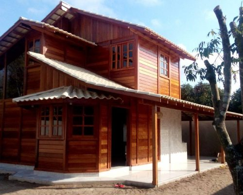 Casa de Madeira Duplex – Viana-ES – 78 m²