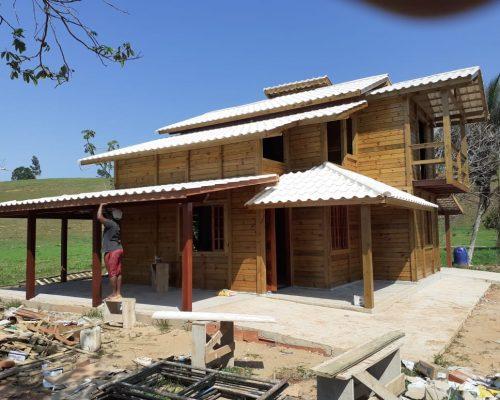 Duplex JB Casa de Madeira – Modelo Aracruz-ES – 123,50 m²